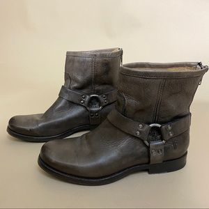 Frye Phillip Harness Leather Ankle Boots 8
